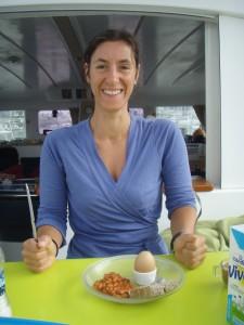 Mon repas de fête des mères, préparé par Fred le matin de notre arrivée à Horta (Açores)